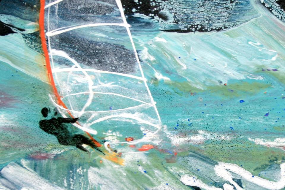 Sail-on-turf-detail1