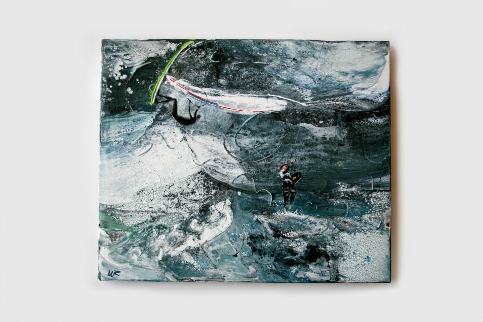 Surf-rising-falling