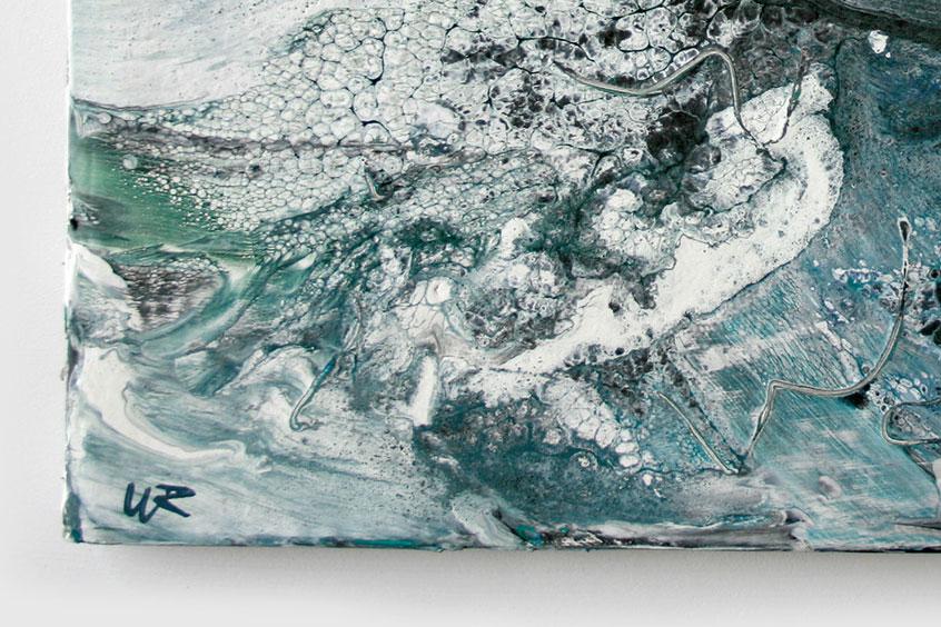 Surf-rising-falling-signature-detail